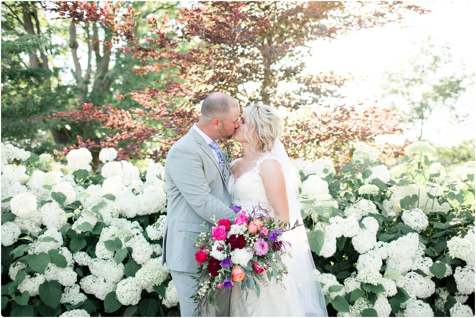 Katie+Jeff Bloom Field Garden_0100