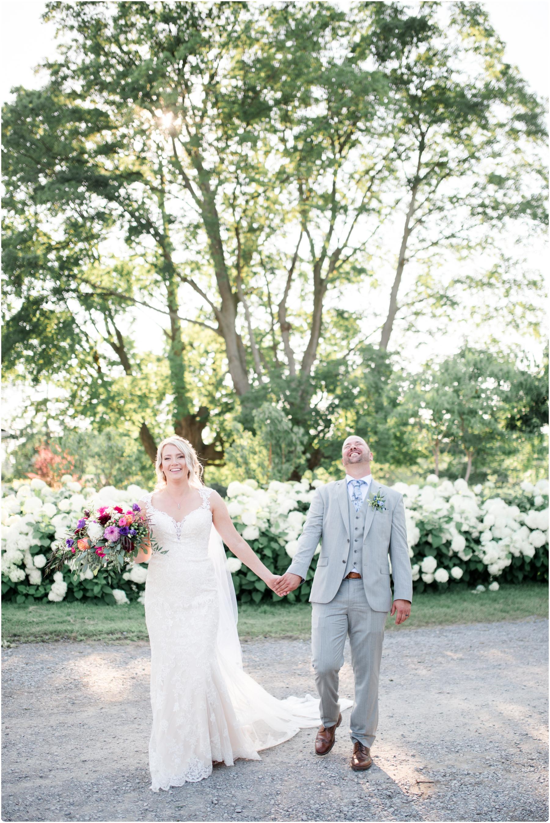 Katie+Jeff Bloom Field Garden_0104