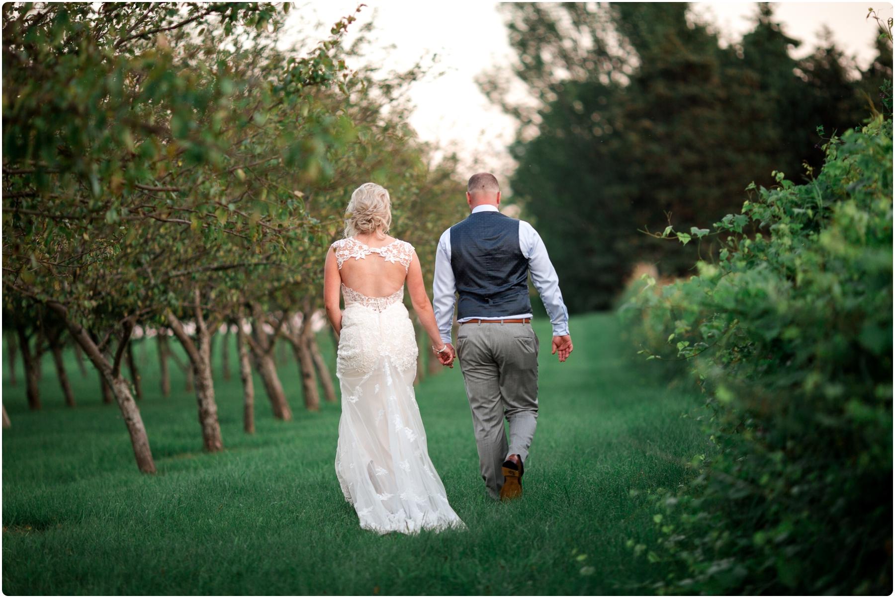 Katie+Jeff Bloom Field Garden_0129